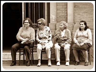 gossiping_old_ladies